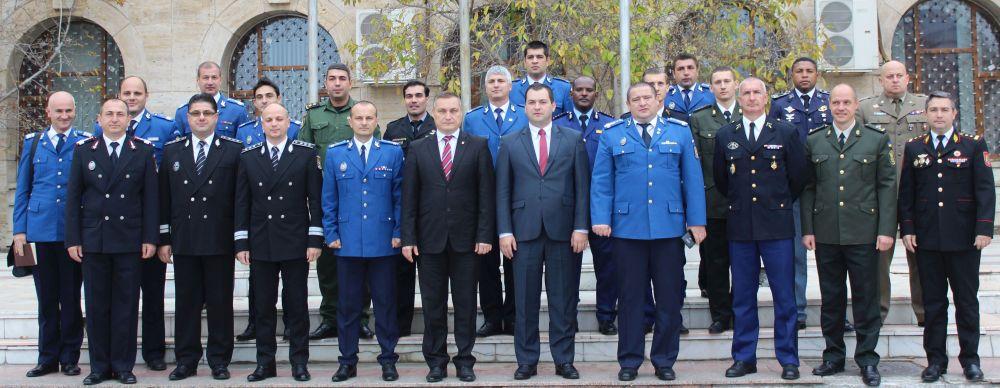 Delegația jandarmilor participanți la Cursul Superior Internațional al Jandarmeriei, în vizită la Pr